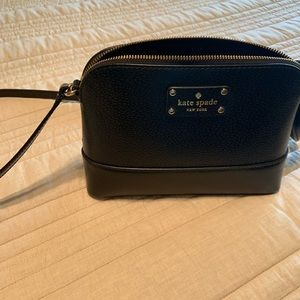 Kate Spade small cross body.  Brand new condition